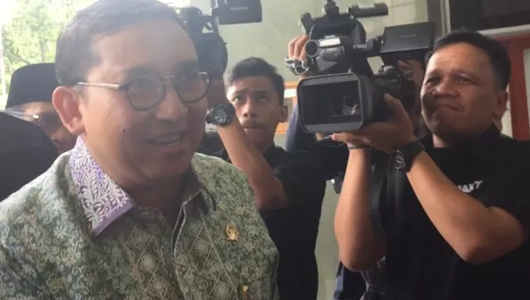 Pertanyakan Alasan Ahmad Dhani Ditahan, Fadli Zon Sambangi Pengadilan Tinggi DKI Jakarta
