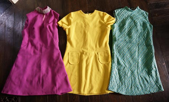 60s 70s dress vintage pink yellow green blue lurex striped robe années 60 70