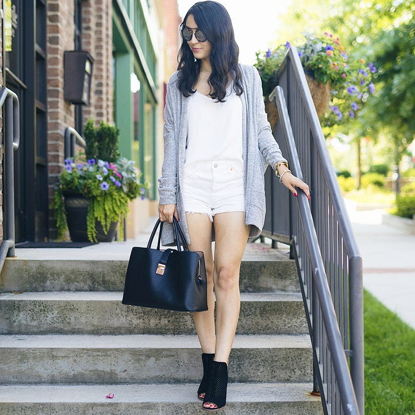 easy fall transition outfit, all white outfit, cozy outfits summer