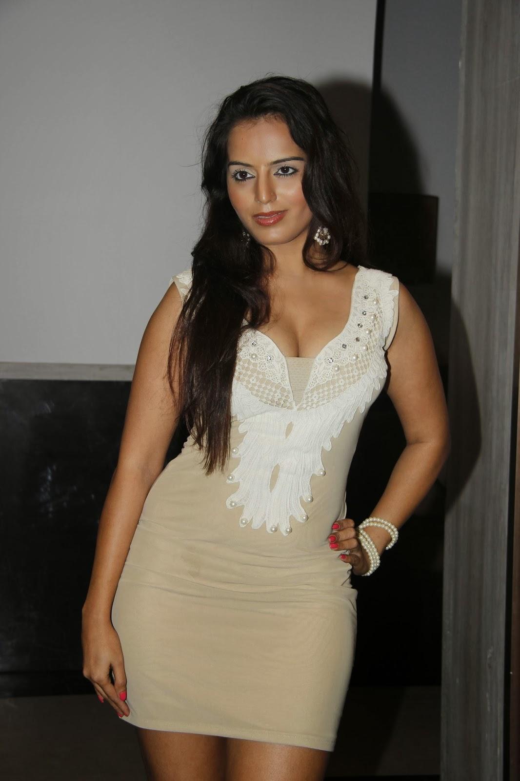Neha Kakkar Nude Images