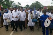 Pasangan AM - SUS Daftarkan Diri Di KPU Muaro Jambi