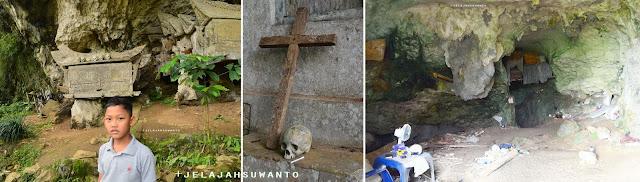 Peti, tulang dan sesajen terserak di kubur gua batu di pemakaman desa Kete Kesu || JelajahSuwant