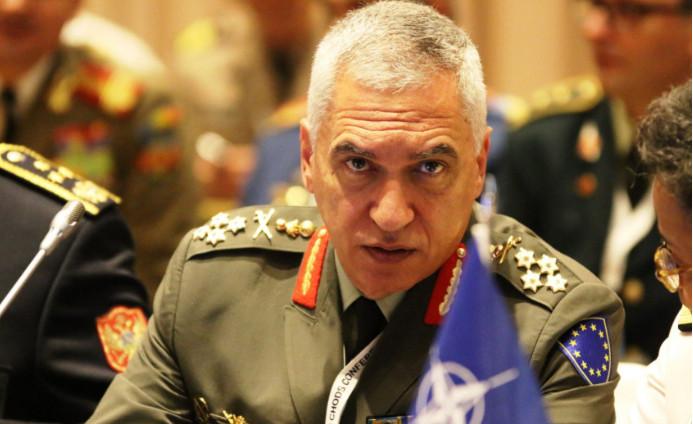 Στρατηγός Κωσταράκος: «Μια παρέα, διεθνιστών… ξεπούλησε τη Μακεδονία