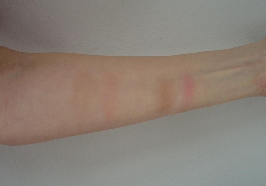 swatches of Kate Sculpting and Highlighting Palettes.jpeg