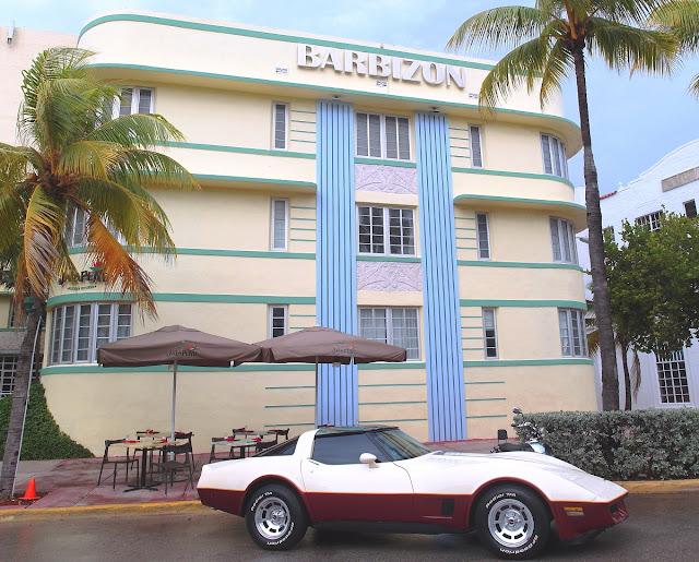 Art Deco - Collins Ave - Miami Beach