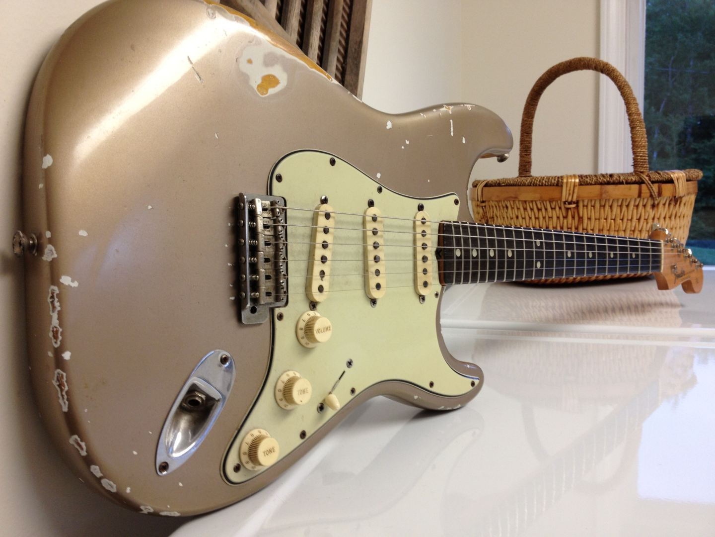 Vintage 64 Shoreline Friday Strat 265 Stratocaster
