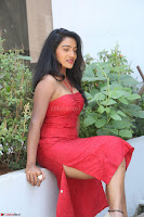 Mamatha sizzles in red Gown at Katrina Karina Madhyalo Kamal Haasan movie Launch event 018.JPG