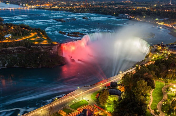 Top 10 Natural Wonders in North America - Niagara Falls
