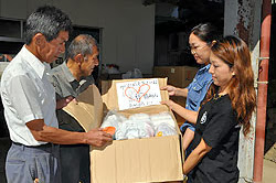 気仙沼から福知山へ救援物資届けられる
