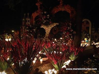 Celebración de Día de Muertos en Pátzcuaro y la Región Lacustre