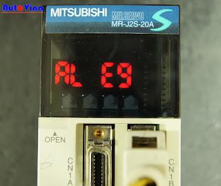 Auto Vina chuyên sửa chữa khắc phục sự cố servo MR-J2S Mitsubishi báo lỗi AL E9