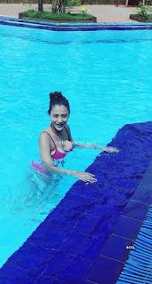 Beautiful And Gorgeous Sara Khan in Bikini TV Actress in Bikini    Exclusive Pics 007.jpg