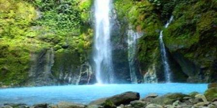 air terjun dua warna sumatera utara air terjun dua warna sibolangit kabupaten deli serdang sumatera utara
