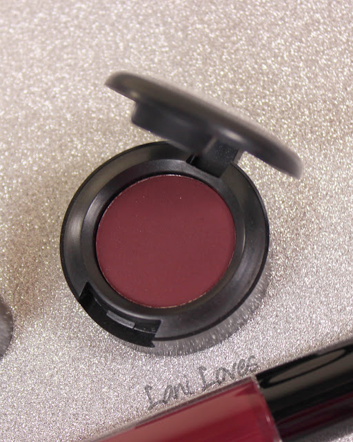 MAC 300 Game Eyeshadow Swatches & Review