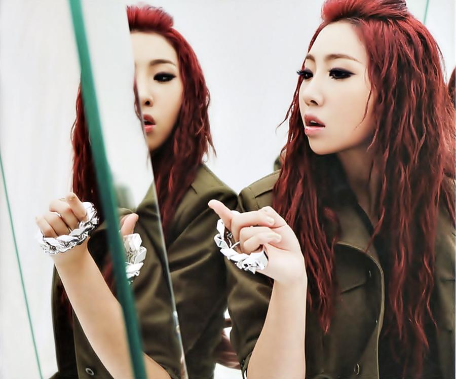 2NE1 - CRUSH (JAPANESE VERSION)