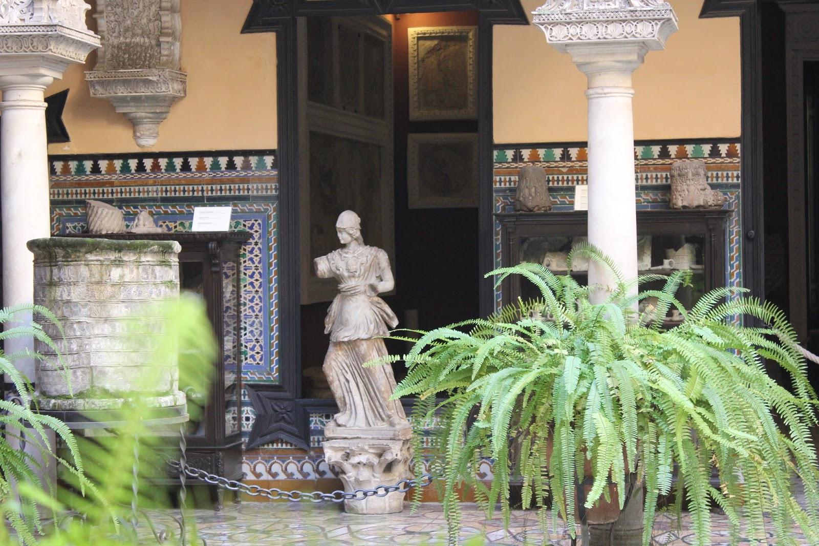 Maravillas oc ltas de espa a el palacio de la condesa de for Alquiler de casas en lebrija sevilla