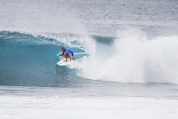 50 Kelly slater Billabong Pipe Masters 2016 foto WSL Damien Poullenot