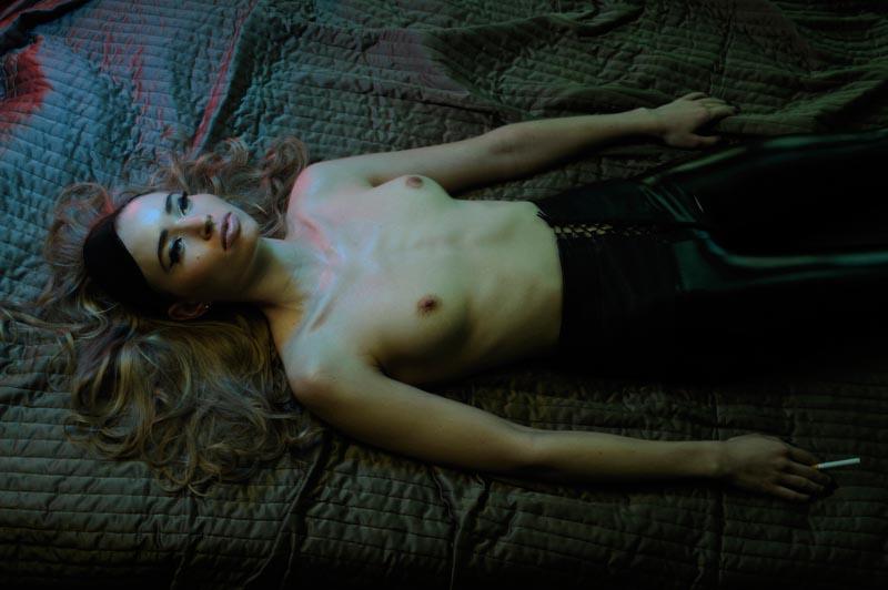 Beautiful Pictures Lonely Girl Model Elizabeth Ferrara