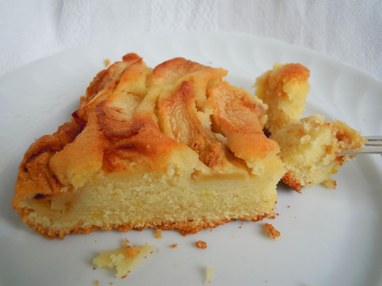 http://cresciutiapastasciutta.blogspot.it/2014/05/torta-vegana-alle-mele.html