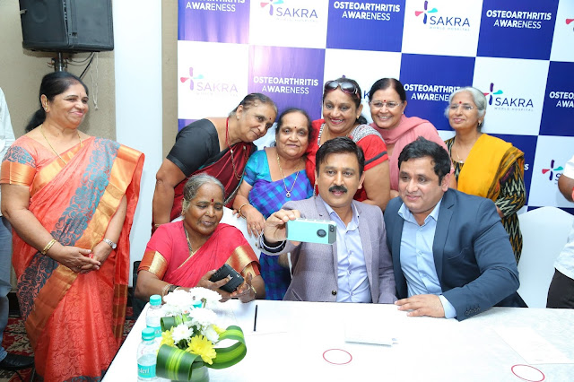 Sandalwood actor Mr. Ramesh Arvind attends a Talent show by Joint replacement patients of Sakra world Hospital