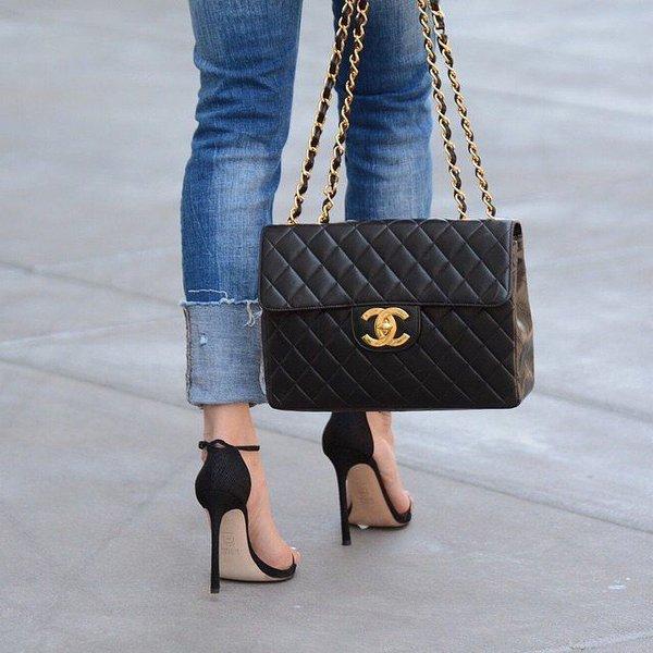 Chiếc túi xách hàng hiệu giúp quý cô thể hiện đẳng cấp của mình