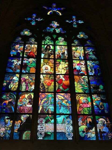 Vitraux de Mucha cathédrale Saint-Guy Prague
