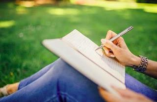 Menulis Membuat Kreatif