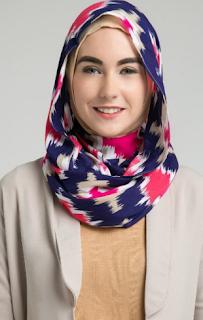 Model Hijab Untuk Wajah Bulat
