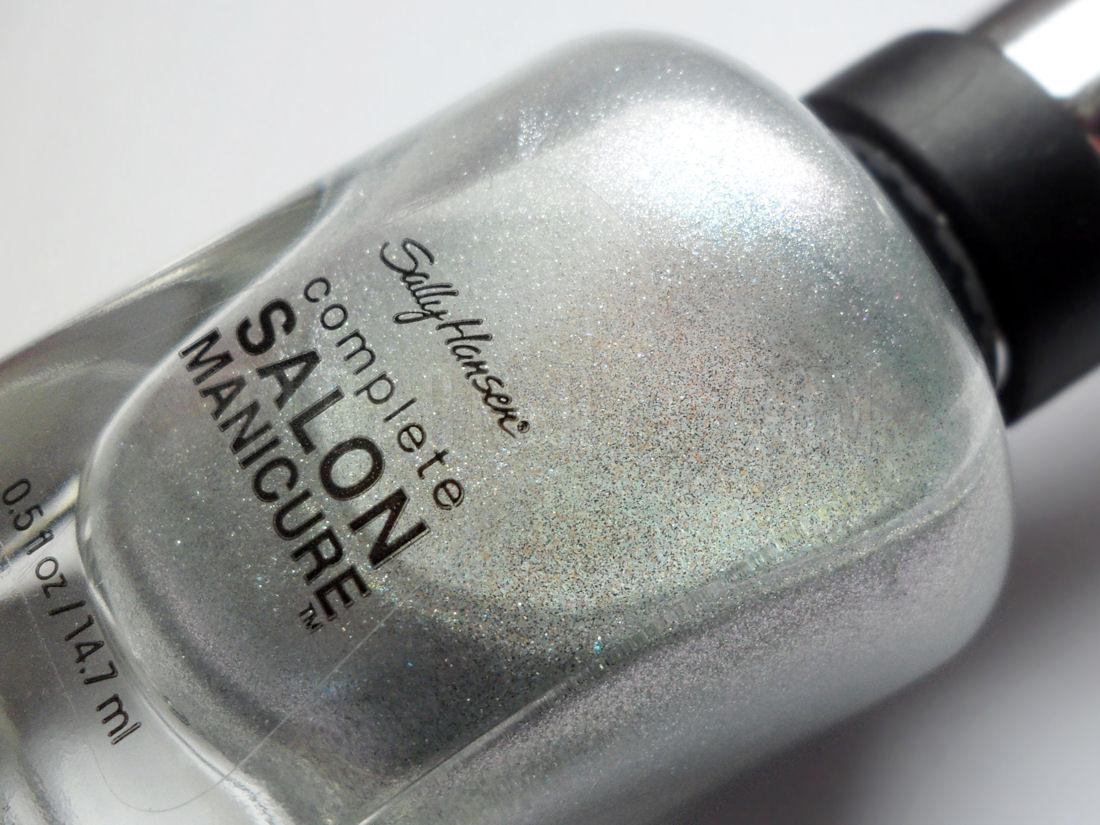 Paznokcie :: Z lakierowego czyśćca <br>– Silver Lining Sally Hansen