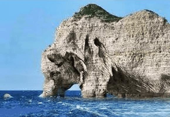 Deus-pedra-formato-elefante