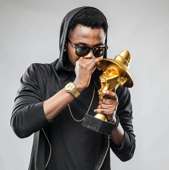 Kiss Daniel, Harrysong, Darey Art Alade Win Big At 2016 Headies Awards  ... Phyno's Fada Fada wins Song Of The Year