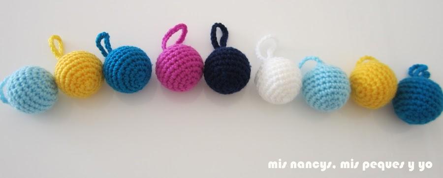 mis nancys, mis peques y yo, guirnalda con bolas de crochet, combinación de colores