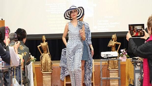 fashion show batik di kobe