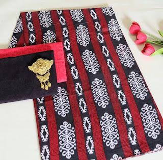 Kain Batik dan Embos 472 Merah
