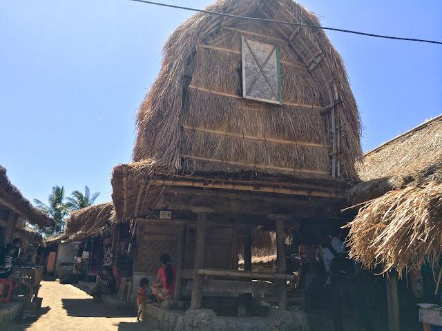 Lombok, pulau lombok, lombok island, indonesia, travel, travelling, wisata, jalan- jalan, pantai, suku sasak, desa sade, desa tradisional