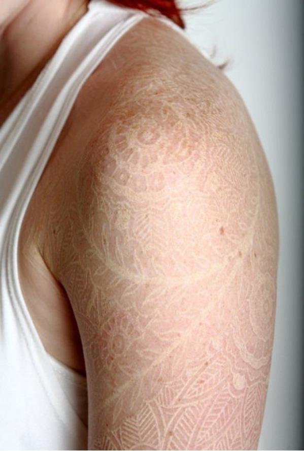 De Pelos Crazy News Arte Increíbles Tatuajes Hechos Con Tinta Blanca