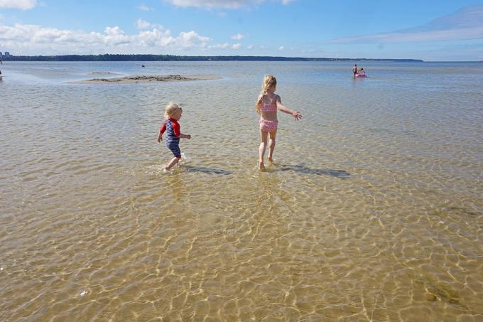 Stroomin lapsiystävällinen uimaranta Tallinnassa