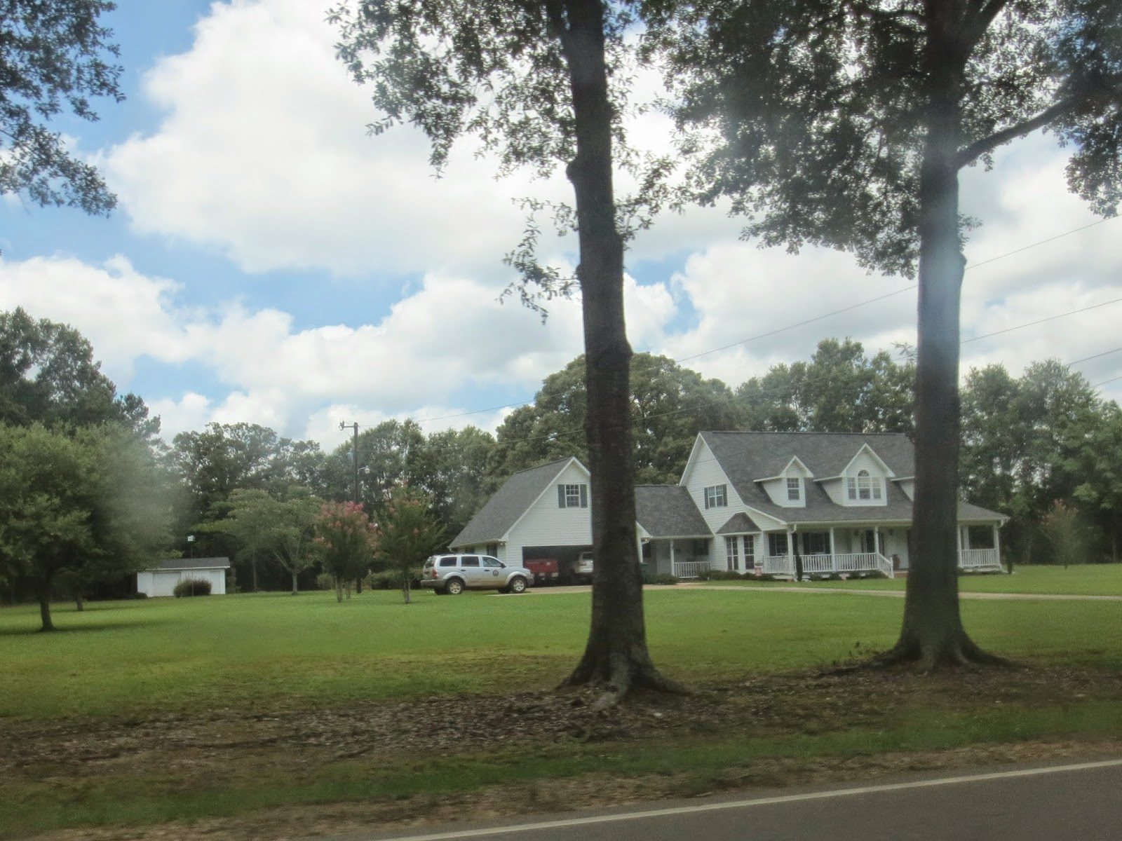 Southern style plantation homes in Forest Hill Louisiana