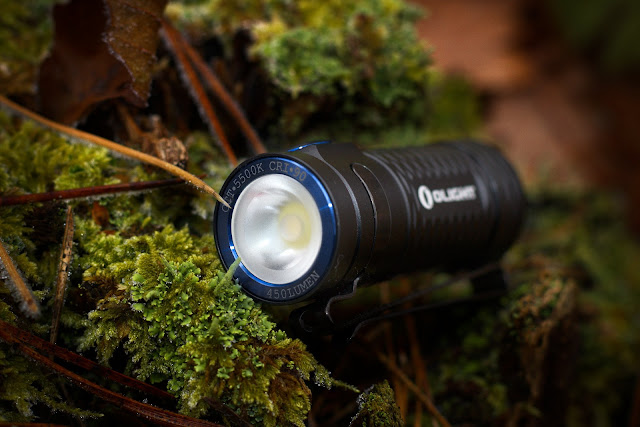 Soczewka TIR w latarce Olight S1 mini Baton