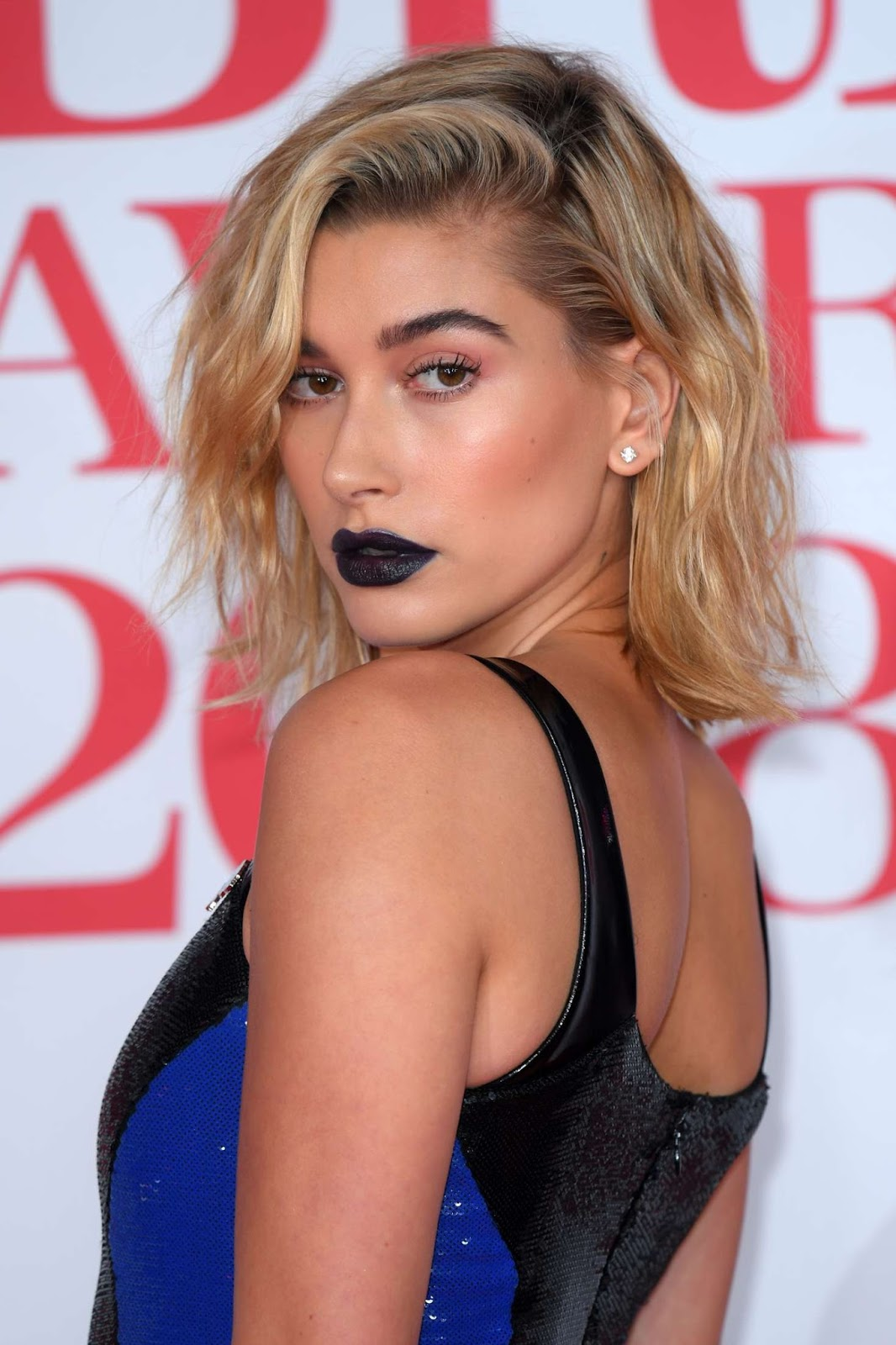 Hailey Baldwin – 2018 Brit Awards in London