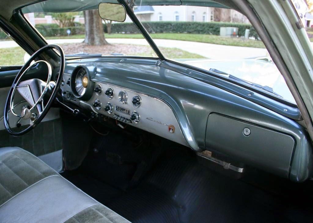 Bford Bcustom Bdeluxe Bfordor on 1960 Buick Lesabre 4 Door