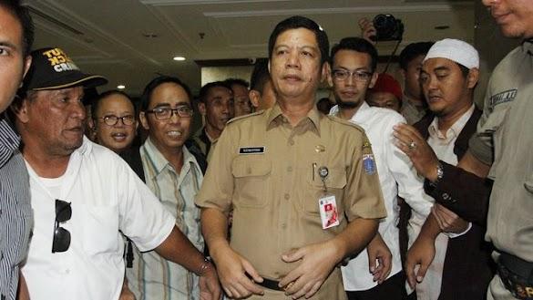 Wali Kota Rustam Effendi, Dicopot Ahok Dilantik Anies