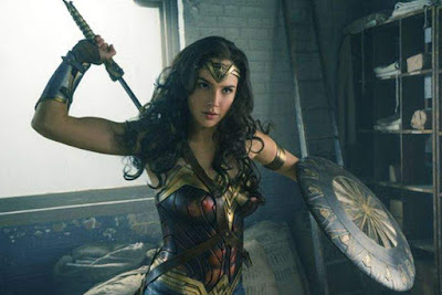 gadot-couldnt-breathe-in-wonder-woman-outfit