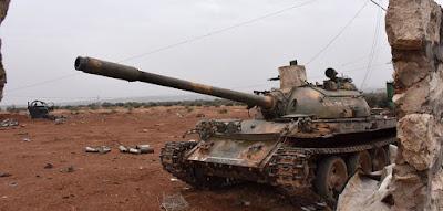 الطائرات الأمريكية تقصف قوات النظام السوري للمرة الأولى