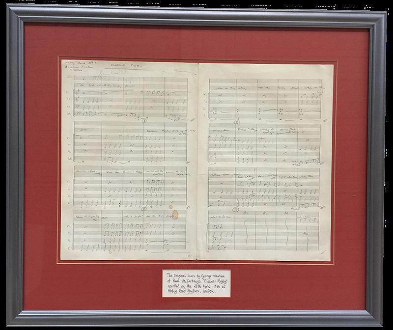 La partition manuscrite originale du tube des Beatles Eleanor Rigby va être vendue aux enchères le 11 septembre prochain à Warrington (nord-ouest de l'Angleterre), a indiqué lundi la maison d'enchères Omega Auctions.