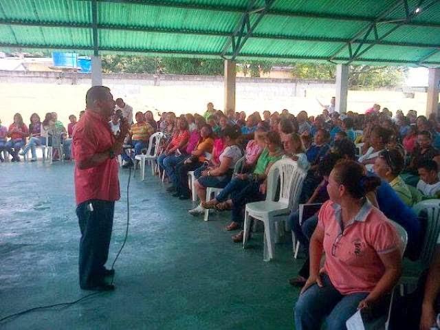 Mc noticias maestros dejan convocatoria abierta para for Convocatoria de maestros