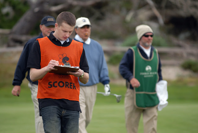 This scorekeeper might be writing down a net double bogey