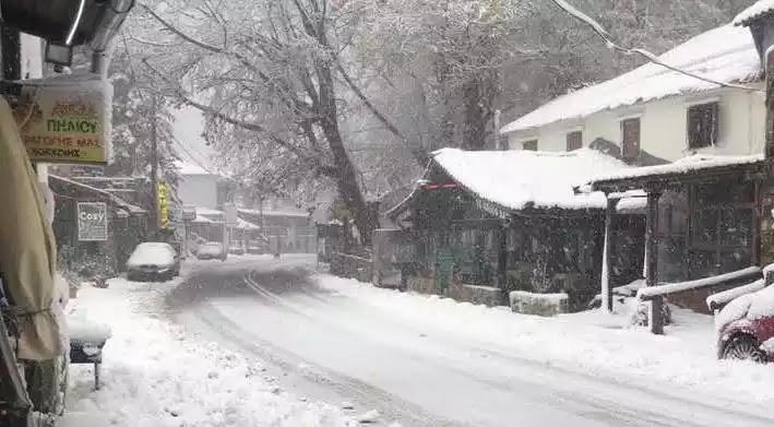 Ηφαιστίων: Η νέα κακοκαιρία έρχεται την Κυριακή με χιόνια και κρύο – Έκτακτα μέτρα της Τροχαίας