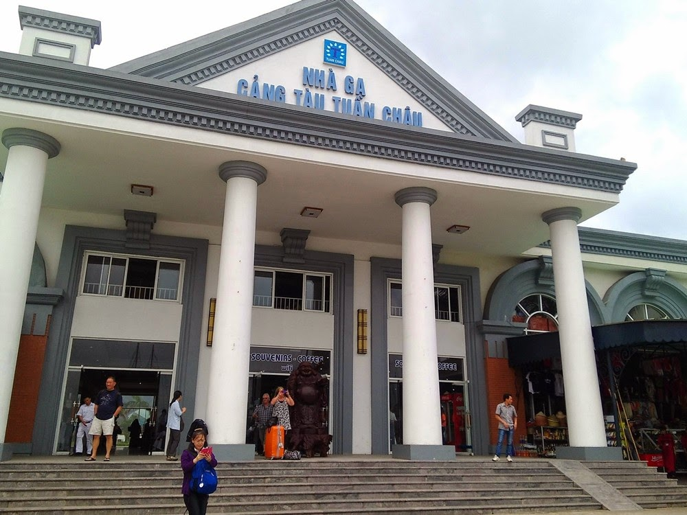 Halong Bay - Tuan Chau International Marina Station