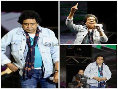 """منير يبدأ حفله بدقيقة حداد على ضحايا محطة مصر: """"الحادث نتيجة لسلسلة من الجهل"""""""